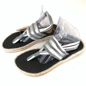 NWT Nalho T Strap Sandals Size 6